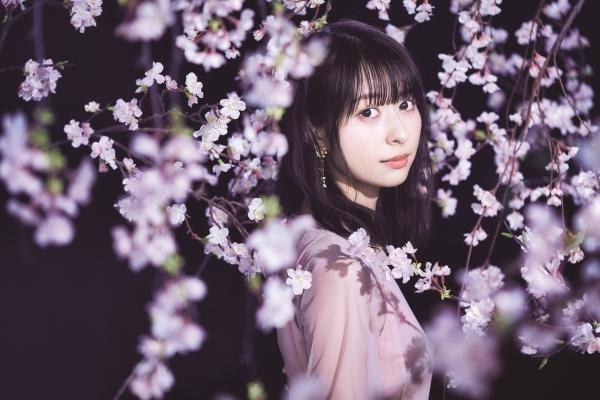 近藤玲奈1stシングル「桜舞い散る夜に」発売記念ネットサイン会画像