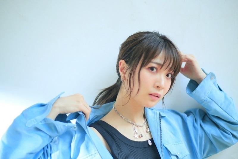 【アルバム】「momentbook」/May'n 【CD+BD】 サブ画像2